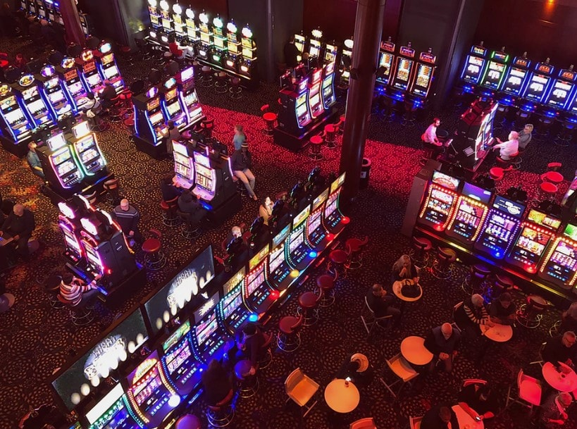Five Ways Of Online Casino That Can Drive You Bankrupt - Quick!